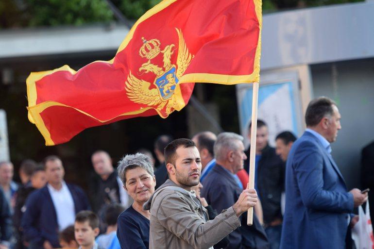 Svaka vlast u Crnoj Gori se do sada zasnivala na poltronima, kako unutar vlasti, tako i unutar političkih partija, piše autor (EPA)