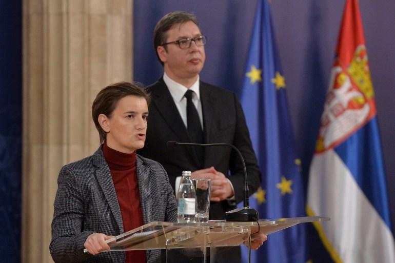 Vučić je izjavio da su aktualnu predsjednicu vlade Srbije Anu Brnabić članovi SO SNS-a aklamacijom prihvatili za članicu predsjedništva stranke (Tanjug)