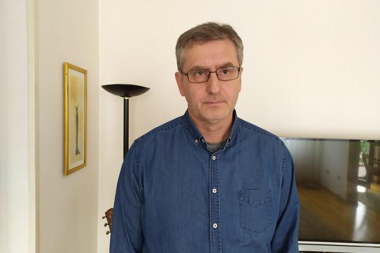 Nuhanović je autor knjiga 'Pod zastavom UN-a' i 'Zbijeg' (Al Jazeera)