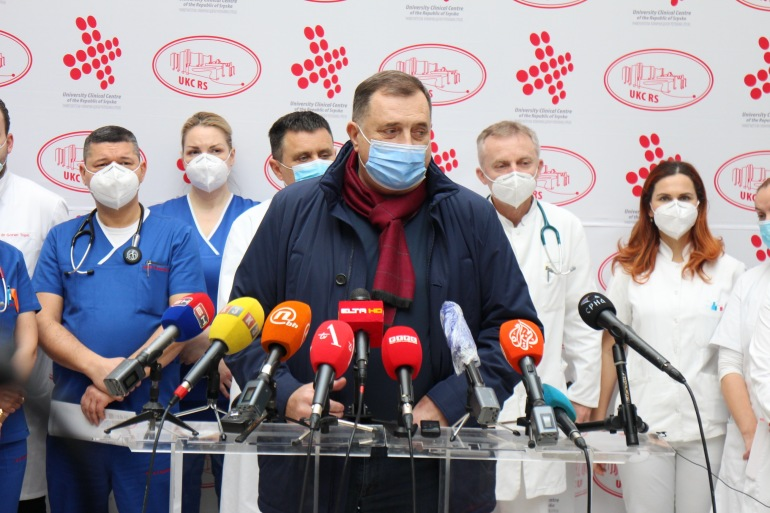 Nakon što se s korona virusom borio gotovo cijeli mjesec, Dodik je počeo prijetiti provedbom ranije najavljivanih separatističkih planova (Anadolija)