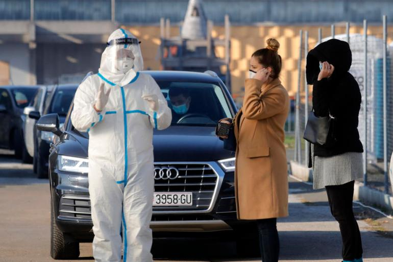 A putnicima koji u Hrvatsku ulaze zbog neodložnih razloga, sahrane, liječenje, boravak će biti odobren na najduže 12 sati (EPA)