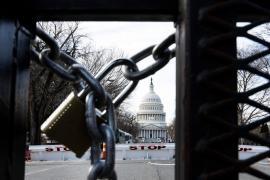 Barikade su postavljene oko Capitola, a mostovi koji vode ka DC-u će biti blokirani u određenom periodu od 19. do 21. januara (EPA)