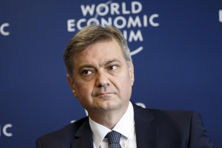 Denis Zvizdić je bio član Stranke demokratske akcije od 1991. godine (EPA)