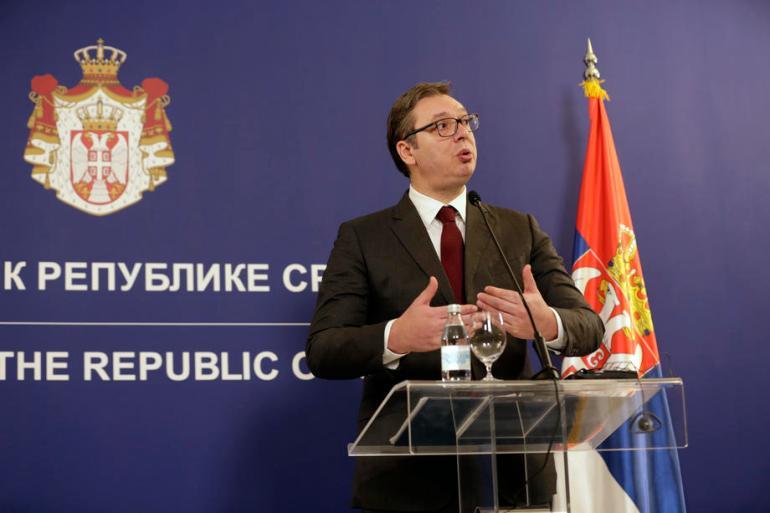 Svako vojno prikazivanje Vučić iskoristi da uputi političke poruke i uvrede na račun svojih protivnika (EPA)