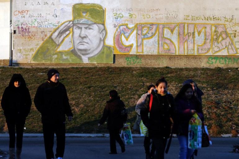 Veličanje Ratka Mladića neće biti samo stvar odobravajuće većinske kukavičke šutnje nego obaveza u srpskom svetu, piše autor teksta (EPA)