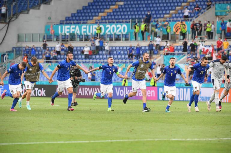 Italija je u susretu posljednjeg kola u Rimu pobijedilaVels sa 1-0 upisavši i treću pobjedu u skupini (EPA)