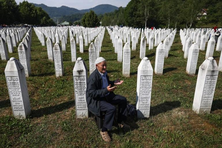 Memorijalni centar u Potočarima gdje su sahranjuju pronađene žrtve genocida u Srebrenici (Armin Durgut / PIXSELL)