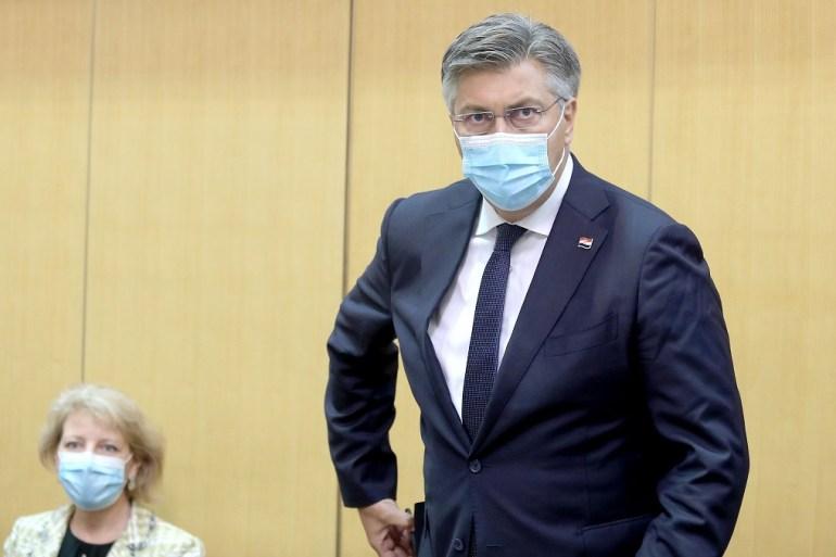 Ako netko dođe u Makarsku, bio Bošnjak, Srbin ili Hrvat, može se besplatno cijepiti jer imamo dovoljno količina, rekao je premijer Andrej Plenković (Patrik Macek/PIXSELL)