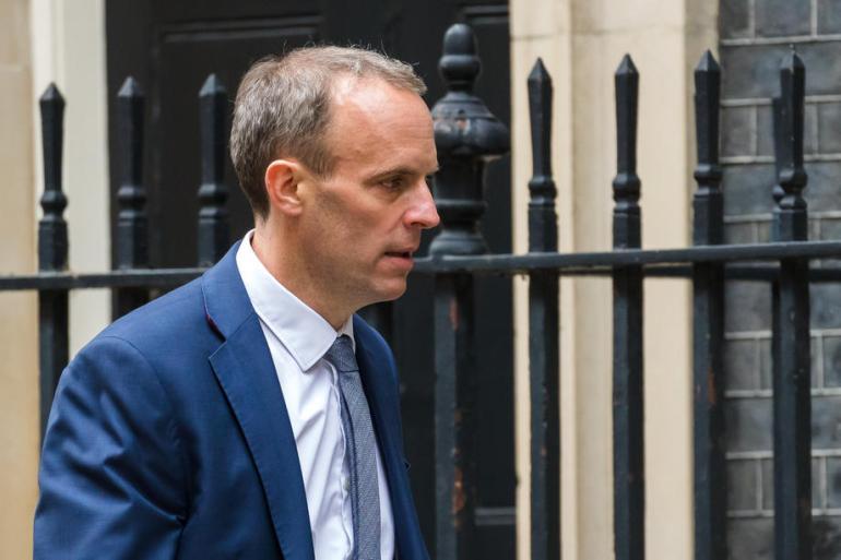 Oplakujemo žrtve strašnih događaja i stojimo uz porodice u njihovoj borbi za pravdu, rekao je britanski ministar (EPA)