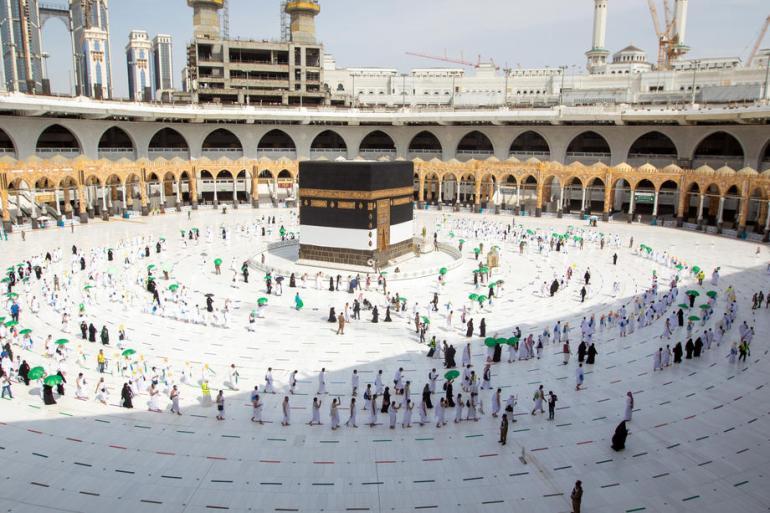 Hadž je jedan od pet stubova islama i obaveza koju su jednom u životu dužni obaviti svi zdravi muslimani koji to sebi mogu priuštiti (EPA)