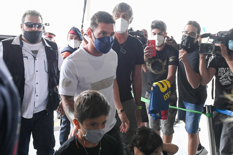 Messi stiže na aerodrom u Barceloni (Josep LAGO / AFP) (AFP)