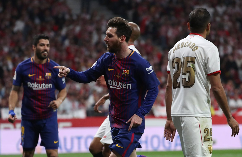 Messi slavi postizanje drugog gola Barcelone u finalu španskog Kupa kralja protiv Seville 21. aprila 2018. [Susana Vera/Reuters]
