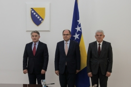 Schmidt je rekao kako integritet BiH kao suverene države s dva entiteta mora biti zaštićen