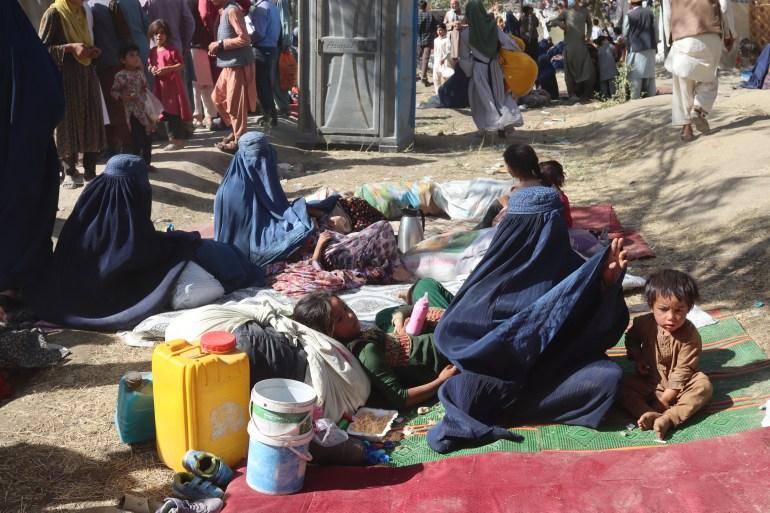 Raseljeni Afganistanci iz drugih provincija žive u kampu u Kabulu (EPA)