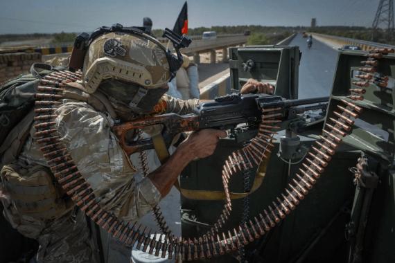Afganistanske vlasti trenutno imaju kontrolu nad 25 od 34 regionalna centra (AFP)