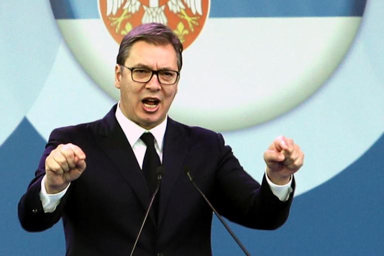 Aleksandar Vučić i njegova propagandna mašinerija ubjeđuju građane Srbije da nikada nisu živjeli bolje, piše autor (EPA)