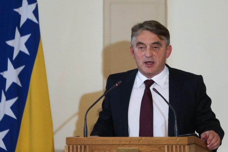 Komšić je također istakao kako se tokom sastanka sa Schmidtom našao u čudnoj situaciji, gdje mu je, kako je dodao, morao objašnjavati razlike između Otvorenog Balkana i Berlinskog procesa (Reuters)